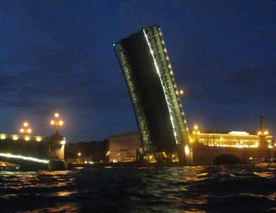 Развод Троицкого моста ( бывший Кировский )